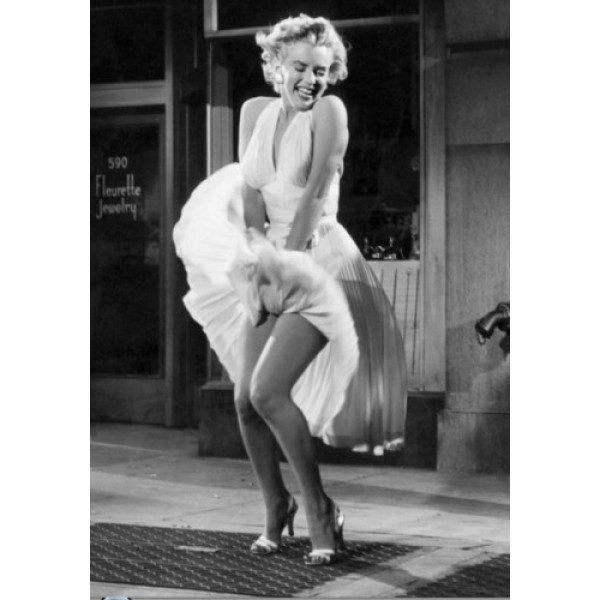 Marilyn Monroe Classic Dress in Movie Seven Year Itch-600x600