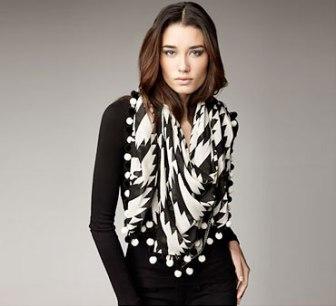 1026-13_2011-11-Glamour-Holiday-Gift-Guide-Fashionista-Fashion-Lover-Diane-Von-Furstenberg-Scarf-Bergdorf-Goodman_li