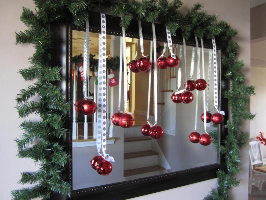 christmas-mirror