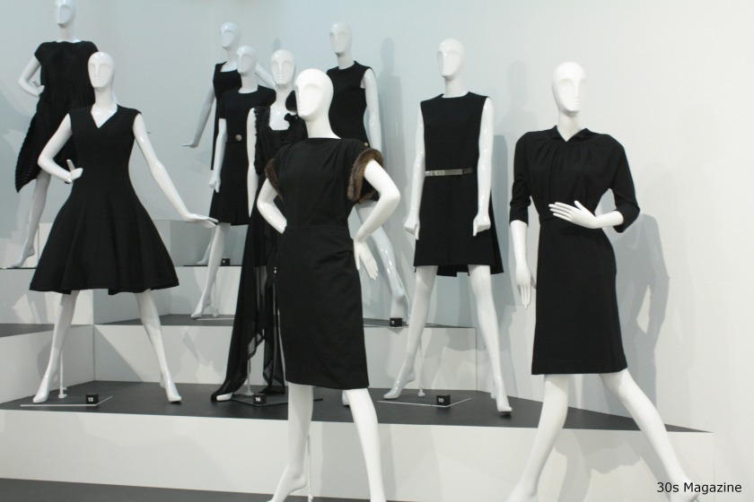 30s-magazine-chanel-black-dresses