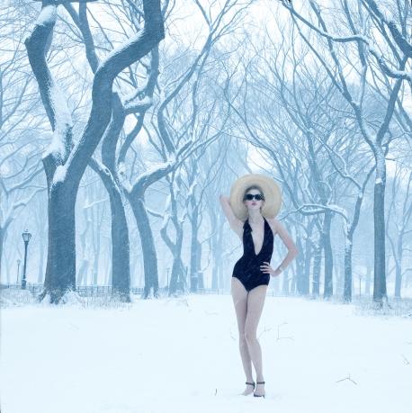 open-toed-heels-in-winter-0-holding