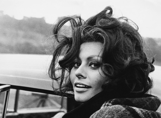 AUGUST 1965, SOUTH WALES, SOPHIA LOREN