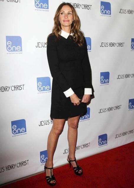 Julia Roberts in Valentino + Belle de Jour Cinema Connection