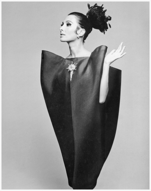 alberta-tiburzi-in-balenciagas-cocktail-dress-of-black-silk-gazar-with-rhinestone-and-faux-pearl-brooch-photo-by-hiro-harpers-bazaar-september-1967