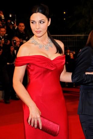 monica_bellucci_red_dress