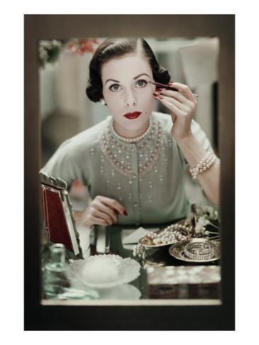 frances-mclaughlin-gill-glamour-november-1950