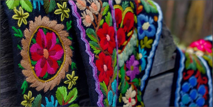 beautiful_arts_crafts_romania_blouse